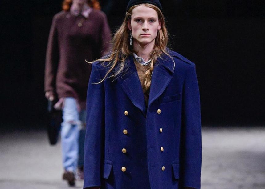 OMG! Στο men's show της Gucci είδαμε κάποια very stylish αξεσουάρ για…γυναίκες | tlife.gr