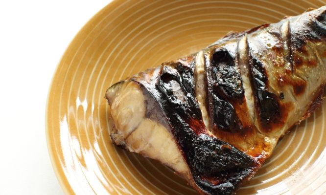Έξι τροφές με πολλά λιπαρά που είναι όμως πολύ υγιεινές | tlife.gr