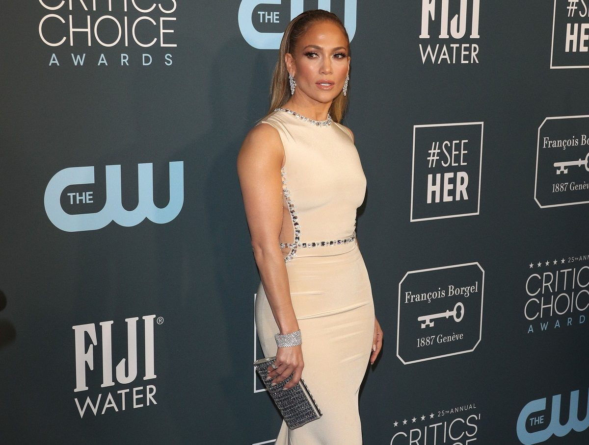 Η Jennifer Lopez ενέπνευσε την δημιουργό της βραβευμένης σειράς «Fleabag»! | tlife.gr