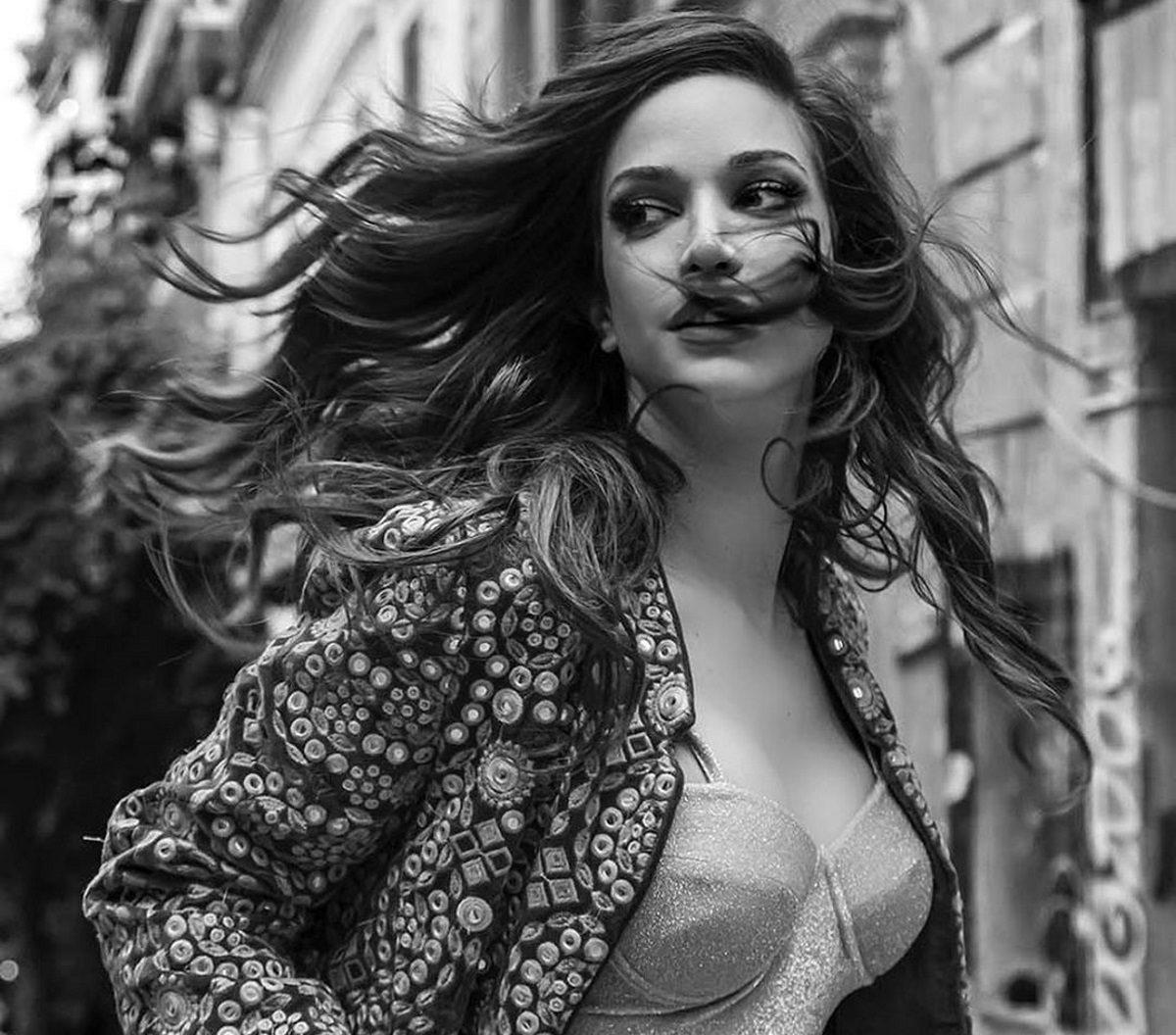 Κατερίνα Γερονικολού: Οι ερωτικές σκηνές με τον Τσιμιτσέλη στο «Για Πάντα» και η ταύτιση με την ηρωίδα της | tlife.gr