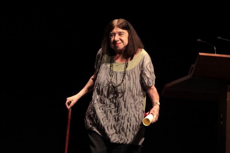 Πέθανε η σπουδαία ποιήτρια Κατερίνα Αγγελάκη – Ρουκ | tlife.gr