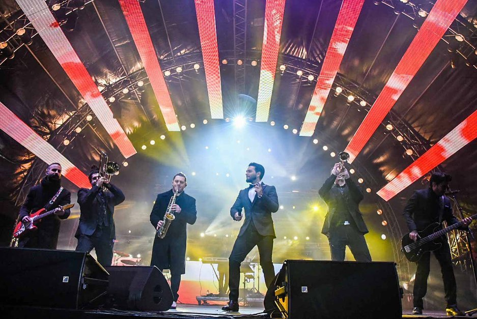 H Aθήνα καλωσόρισε το 2020, με ένα φαντασμαγορικό πάρτι! Φωτογραφίες και βίντεο | tlife.gr
