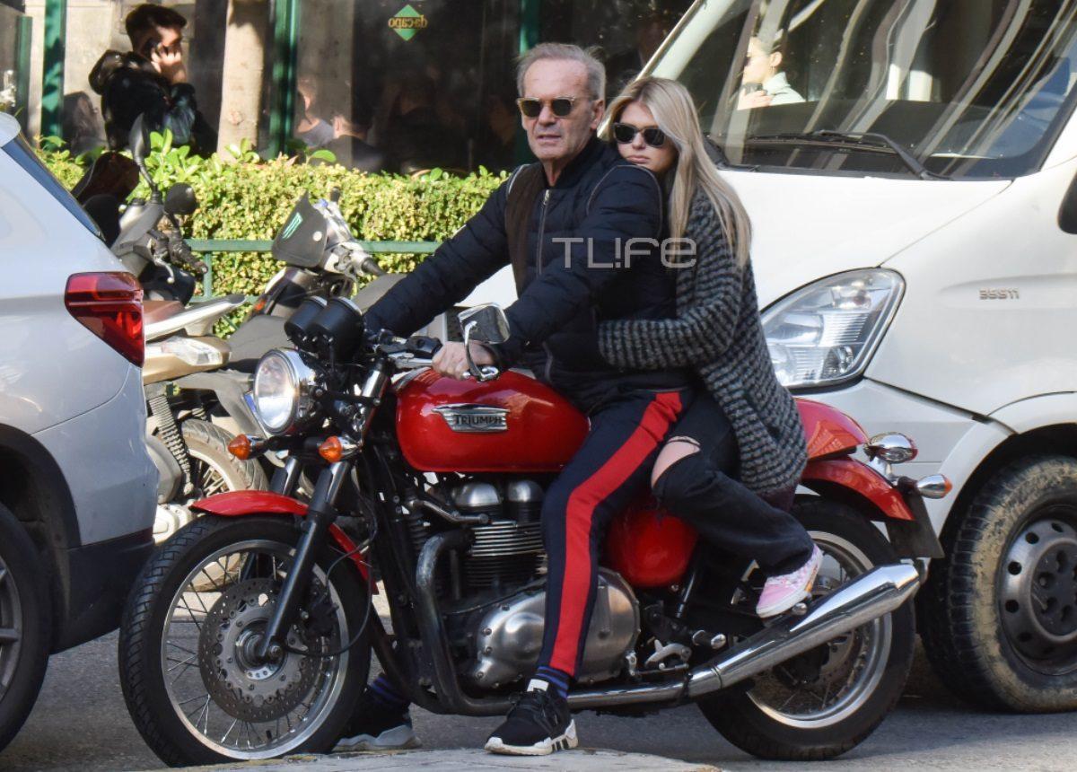 Πέτρος Κωστόπουλος: Βόλτες με την κόρη του στο κέντρο της Αθήνας! [pics] | tlife.gr