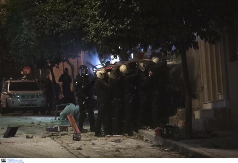 Κόρη ηθοποιού ανάμεσα στους συλληφθέντες στην κατάληψη στο Κουκάκι   tlife.gr