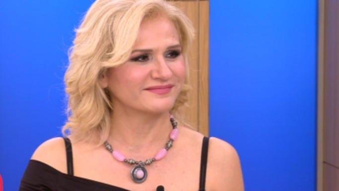 Μπέσυ Μάλφα: Μιλά συγκινημένη για την τρίτη εγκυμοσύνη της | tlife.gr
