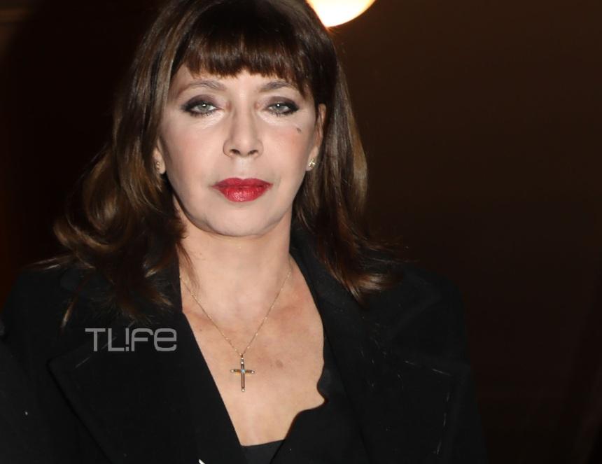 Νάντια Μουρούζη: Σπάνια κοσμική εμφάνιση για την γοητευτική ηθοποιό! [pics]   tlife.gr