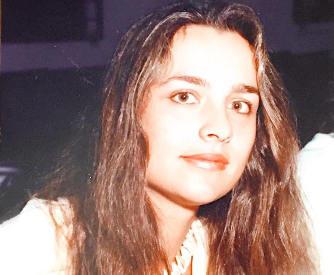Η 16χρονη καλλονή της φωτογραφίας είναι σήμερα διάσημη Ελληνίδα ηθοποιός! | tlife.gr