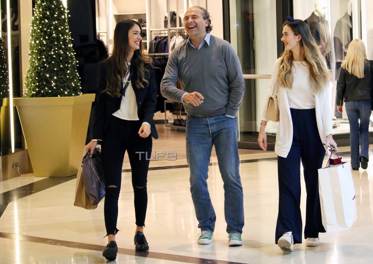 Άννα Πρέλεβιτς: Για ψώνια με την κούκλα αδελφή της και τον πατέρα τους! [pics]
