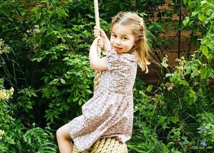 H μικρή πριγκίπισσα Charlotte είναι η νέα μούσα του οίκου Gucci!