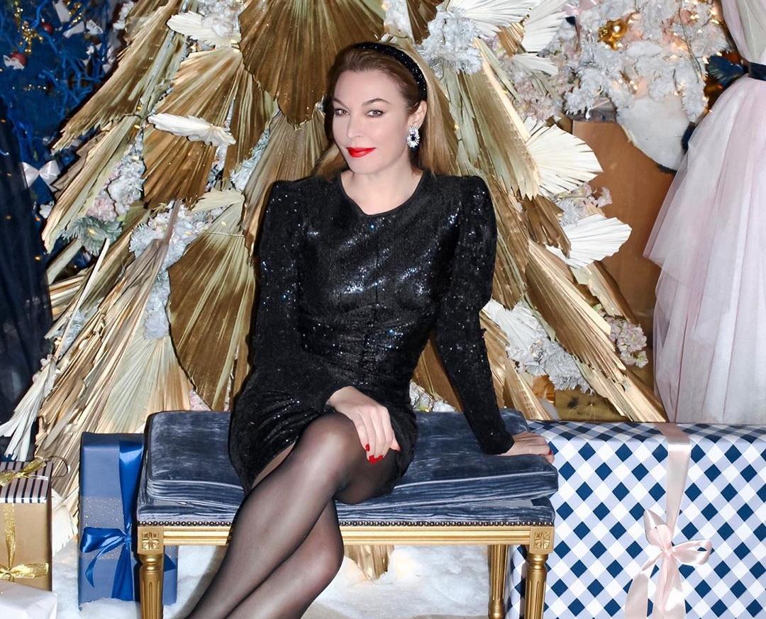 Τατιάνα Στεφανίδου: Το ρεβεγιόν με την οικογένειά της και το εντυπωσιακό φόρεμα! Φωτογραφίες   tlife.gr
