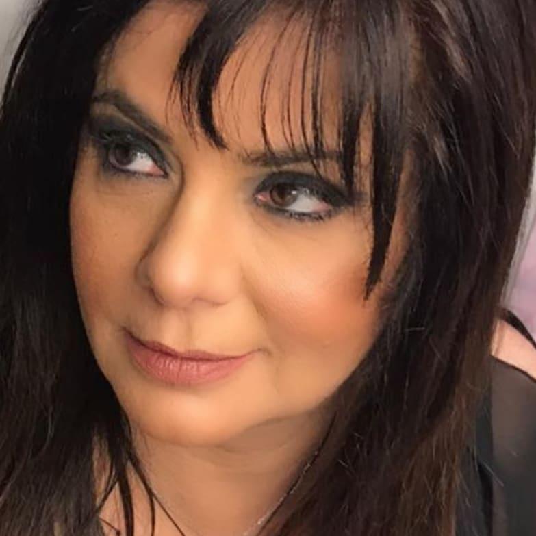 Βάσια Παναγοπούλου: Λήστεψαν το θέατρό της και μας δείχνει το βίντεο της καταστροφής   tlife.gr