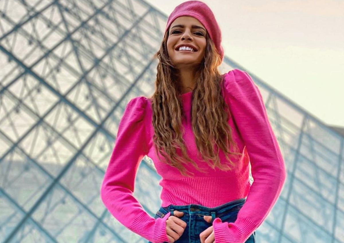 """Χαριτίνη Ηλιάδου: Η πρωταγωνίστρια της σειράς """"8 λέξεις"""" με casual look στο Παρίσι!"""