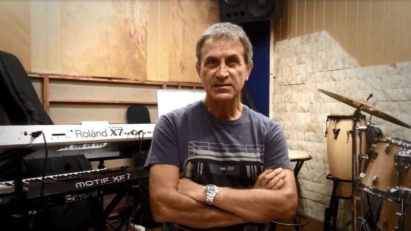 """Γιώργος Νταλάρας: Συγκινεί το """"αντίο"""" του στον Δημήτρη Τσούτση – """"Θα μου λείψεις καλέ μου φίλε"""""""
