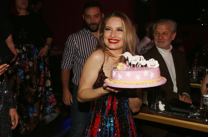 Ντόρα Μακρυγιάννη: Το φωτογραφικό άλμπουμ του πάρτι των γενεθλίων της! | tlife.gr