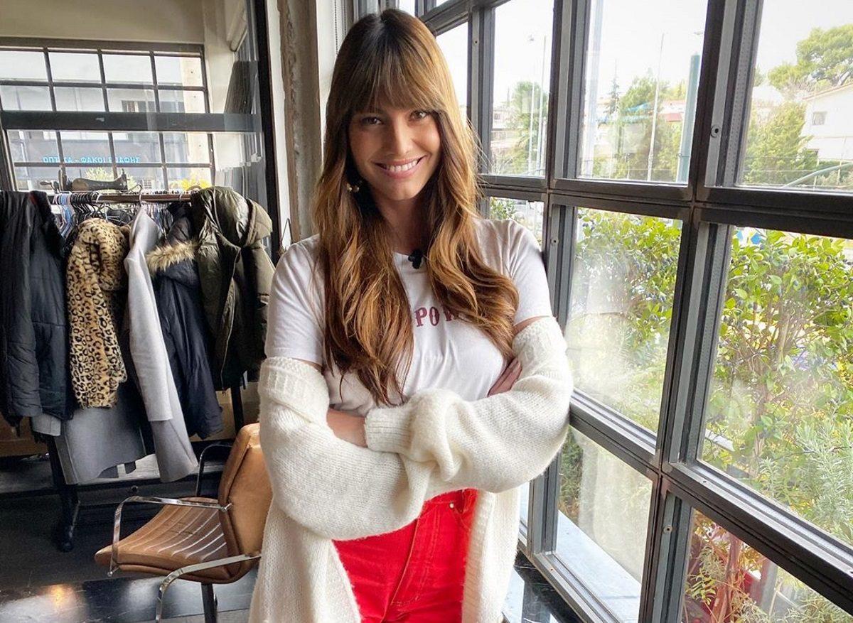 Ηλιάνα Παπαγεωργίου: Μας δείχνει την πιο cool πλευρά της! Ποζάρει με πιτζάμες και αγκαλιά με το αρκούδι της | tlife.gr