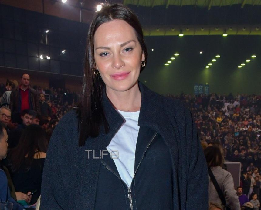 Υβόννη Μπόσνιακ: Απόλαυσε τον Αντώνη Ρέμο επί σκηνής! [pics] | tlife.gr