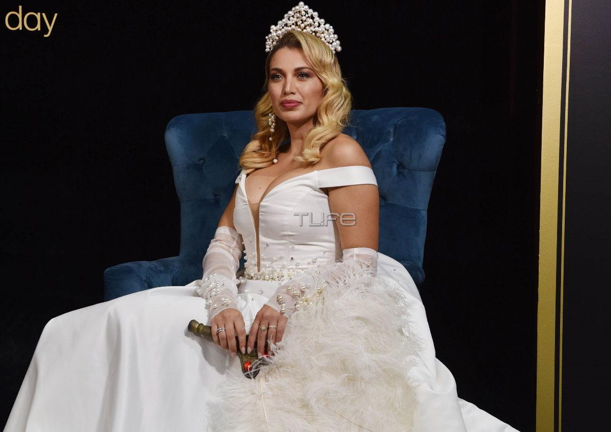 Κωνσταντίνα Σπυροπούλου: Μια πραγματική… Queen στην πασαρέλα, ντυμένη νύφη! Φωτογραφίες | tlife.gr