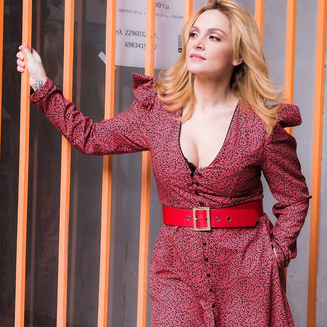 Πρεμιέρα με γενέθλια επί σκηνής για την Ελεονώρα Ζουγανέλη! video | tlife.gr