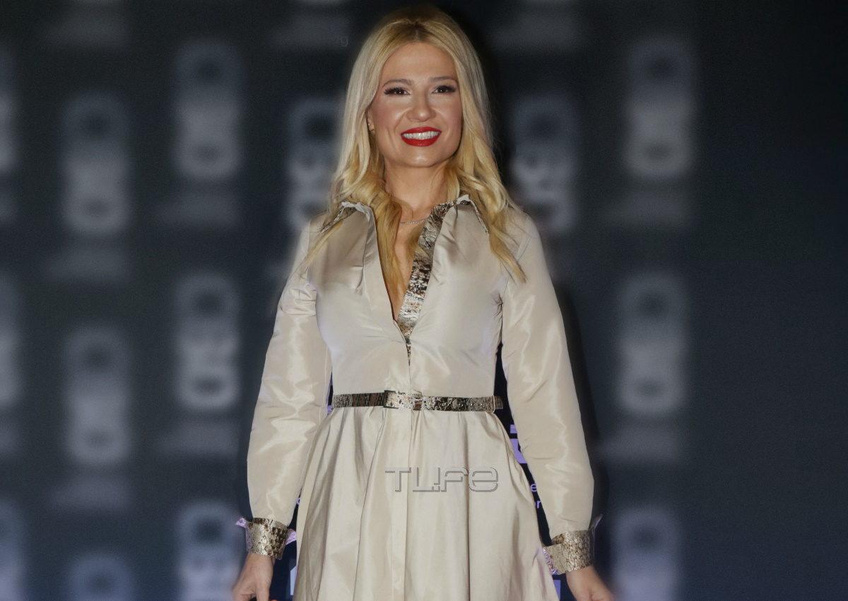 Φαίη Σκορδά: Εντυπωσιακή εμφάνιση σε launch party στο κέντρο της Αθήνας! Φωτογραφίες | tlife.gr