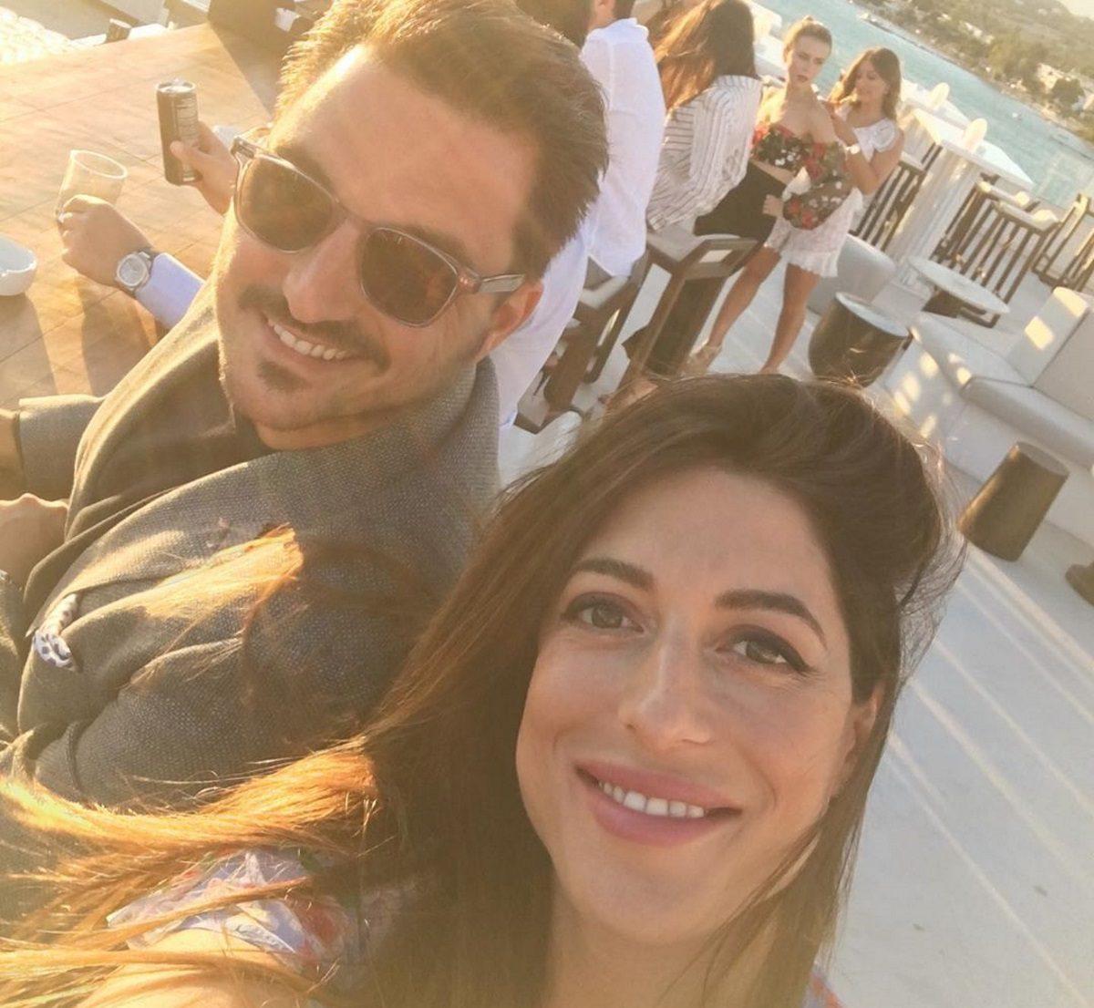Φλορίντα Πετρουτσέλι: Αναπολεί τις ξέγνοιαστες καλοκαιρινές στιγμές με τον σύζυγό της! [pic]   tlife.gr