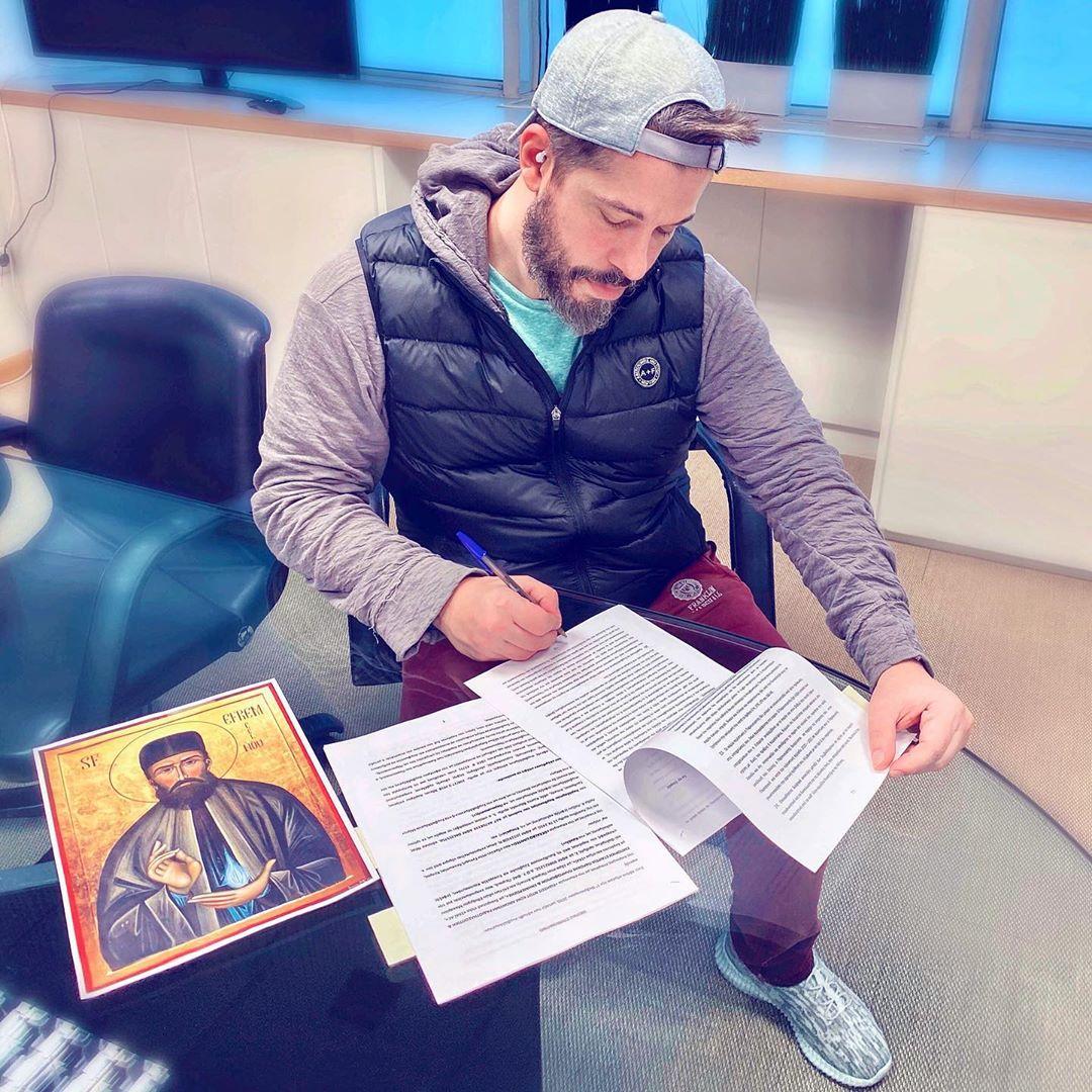Χάρης Βαρθακούρης: Το μήνυμα μετά την είδηση ότι θα είναι ο παρουσιαστής του Big Brother....
