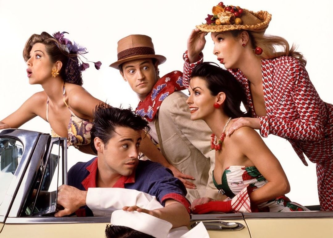 Eίναι αλήθεια! Τα φιλαράκια επιστρέφουν στην τηλεόραση μετά από 15 χρόνια! [pics] | tlife.gr