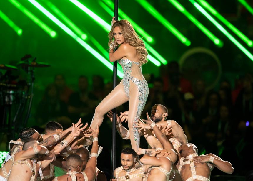 Η epic εμφάνιση της Jennifer Lopez στο Super Bowl!   tlife.gr