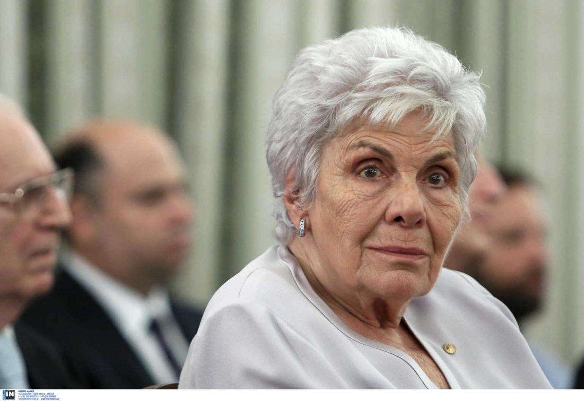 Κική Δημουλά: Πότε και πού  θα γίνει η κηδεία της | tlife.gr