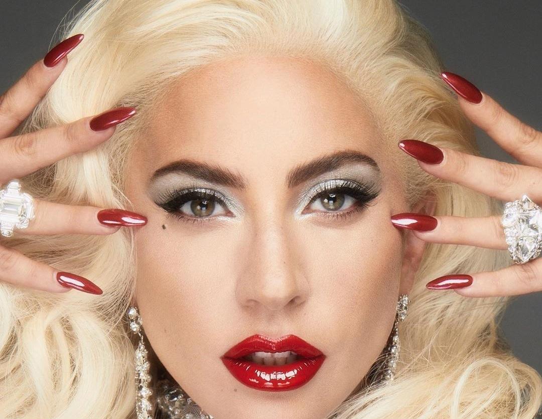 H Lady Gaga είναι ερωτευμένη και μας δείχνει τον άντρα που της έκλεψε την καρδιά! [pic] | tlife.gr