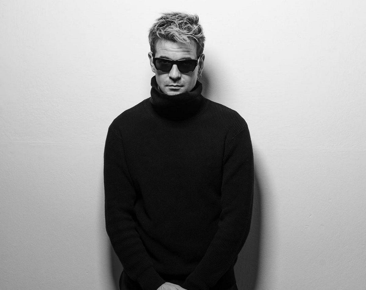 ΝΙΝΟ Ξυπολιτάς: Η συγκινητική πρωτοβουλία με το νέο του τραγούδι! | tlife.gr