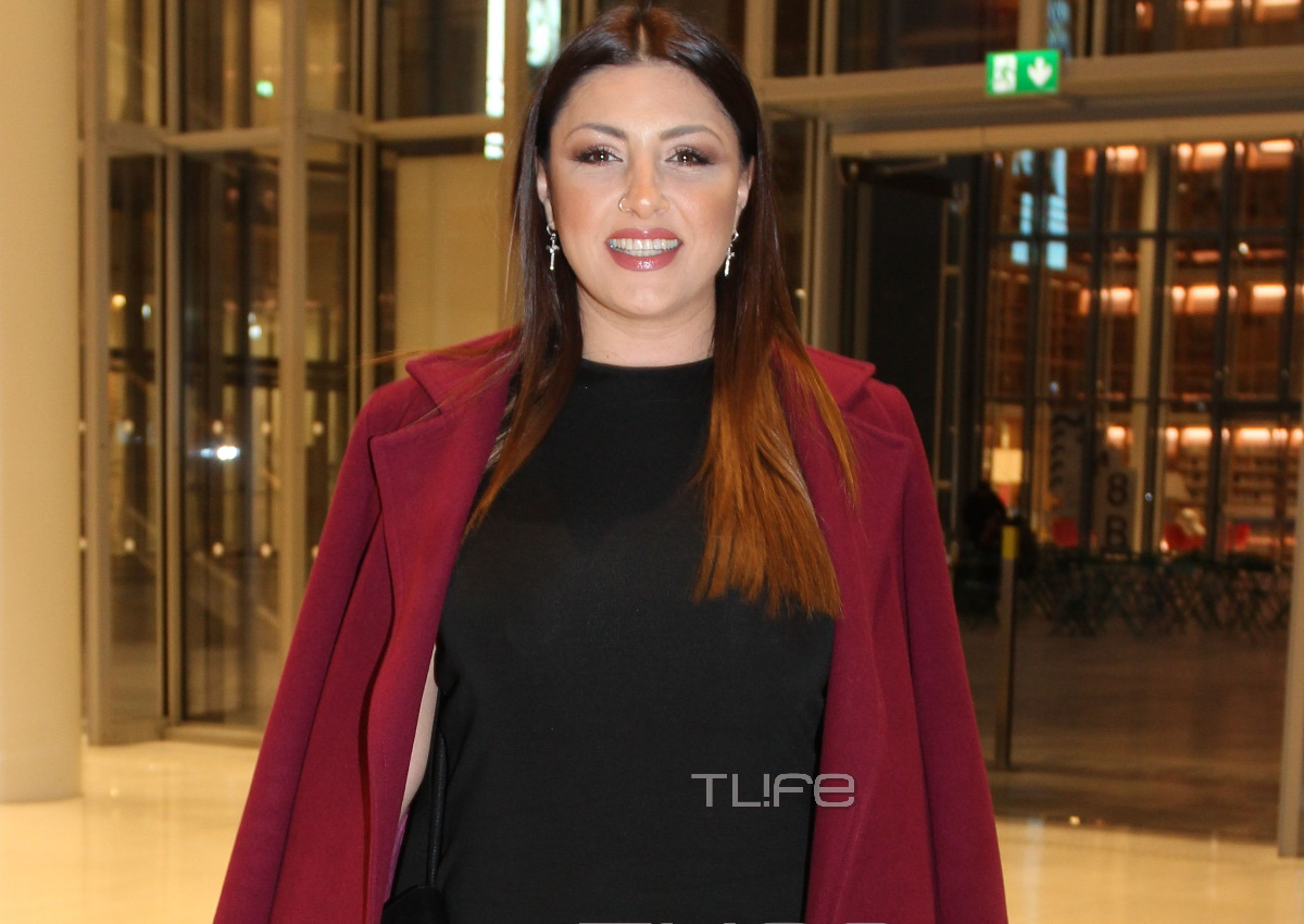 Έλενα Παπαρίζου: Chic εμφάνιση στη συναυλία της Μαρινέλλας στο ΚΠΙΣΝ! [pics]