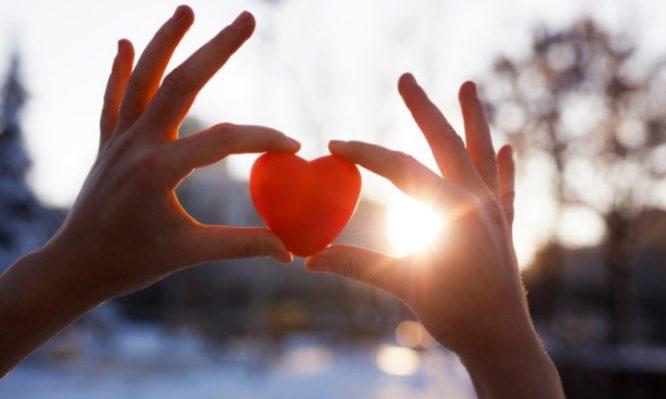 Ημέρα του Αγίου Βαλεντίνου: 10 στοιχεία που δεν ξέρει κανείς για τη «γιορτή των ερωτευμένων» | tlife.gr