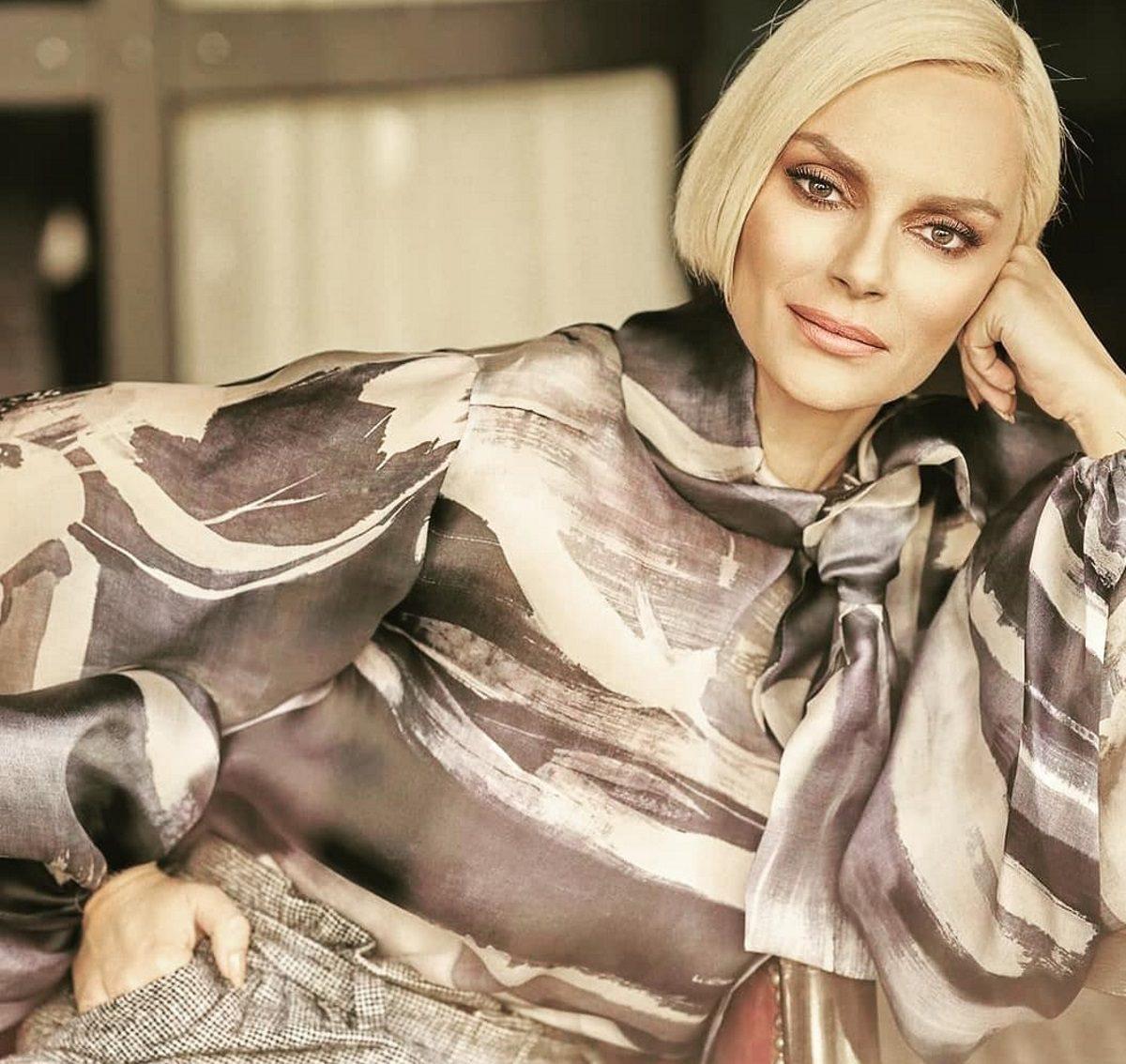 Έλενα Χριστοπούλου: «Κάποια στιγμή αποφάσισα ότι ή θα αλλάξω τη ζωή μου ή θα αρρωστήσω»   tlife.gr