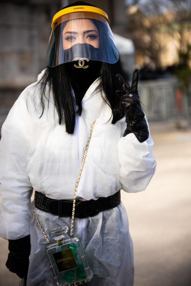 Αυτά τα γάντια είναι μάσκες χεριών και μπορείς να τα παραγγείλεις online!   tlife.gr