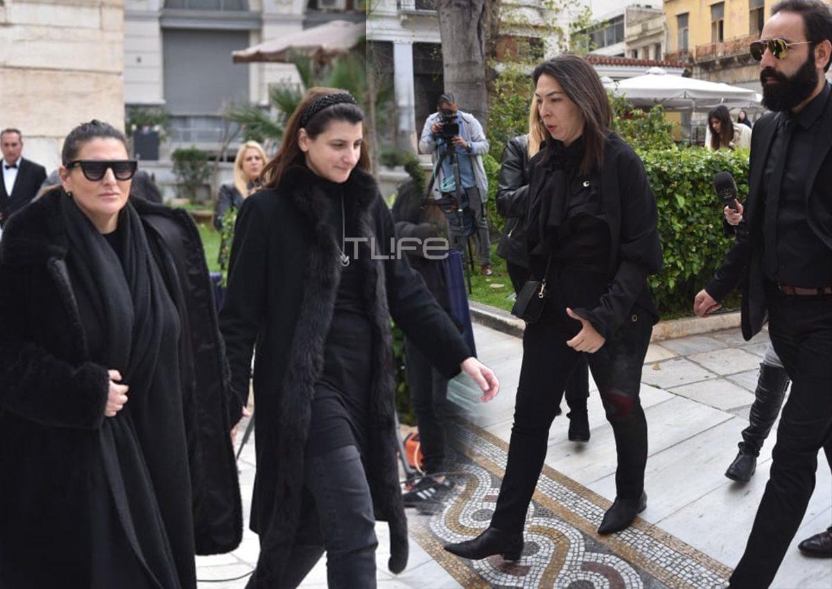 Κώστας Βουτσάς: Η οικογένειά του αρνήθηκε να γίνει η κηδεία του δημοσία δαπάνη [video]   tlife.gr
