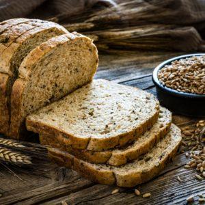 Συνταγή για πεντανόστιμο ψωμί ολικής αλέσεως