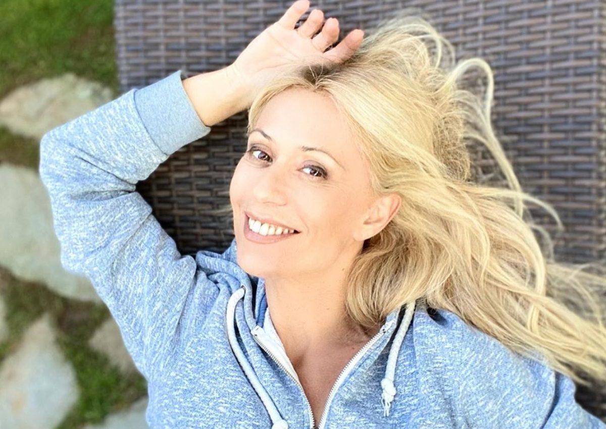Μαρία Μπακοδήμου: Έτσι περνά το μισό κάθε μέρας στην καραντίνα! | tlife.gr