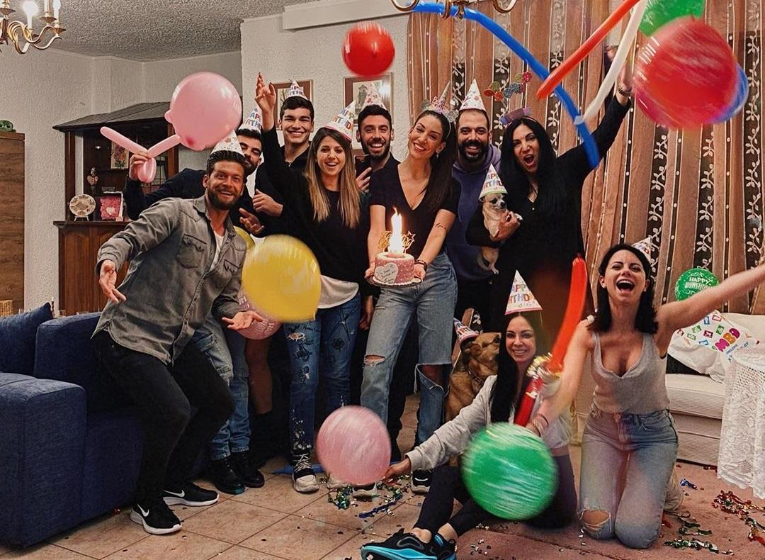 Φελίσια Λαπάτη: Πάρτι έκπληξη για τα γενέθλιά της! Πόσο χρονών έγινε; [pics] | tlife.gr