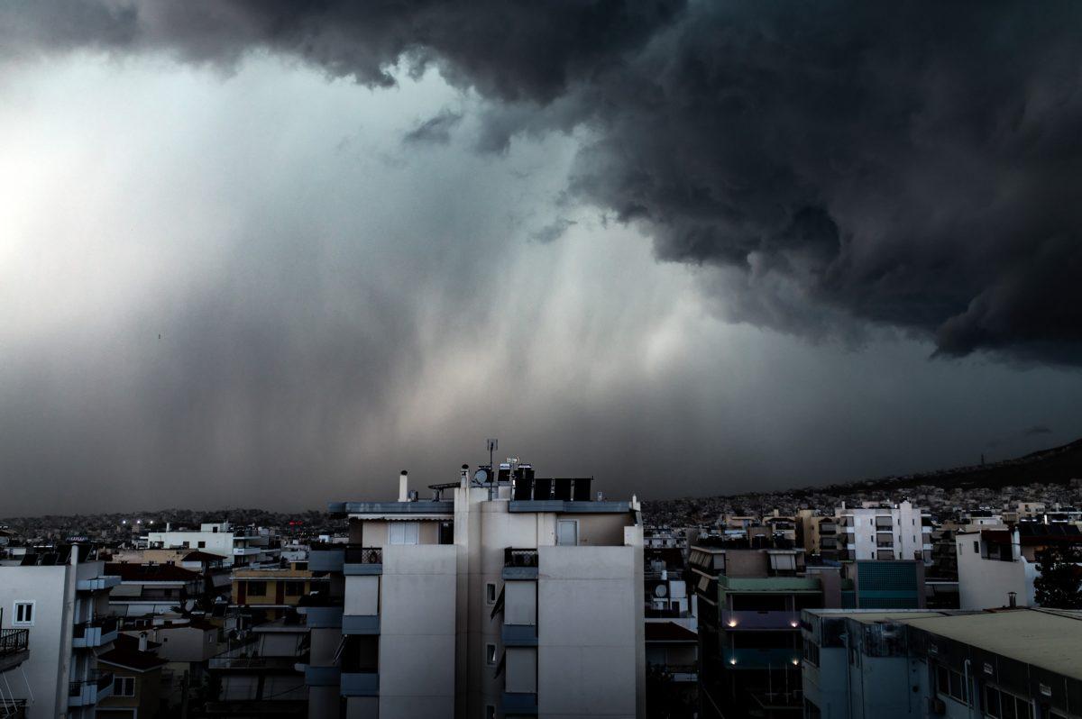 Ραγδαία επιδείνωση του καιρού τις επόμενες ώρες   tlife.gr