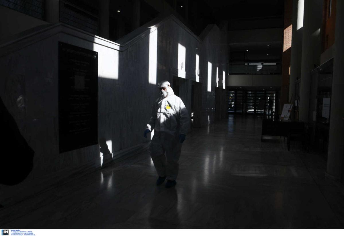 78 νέα κρούσματα κορονοϊού στην Ελλάδα – Στους 22 οι νεκροί | tlife.gr