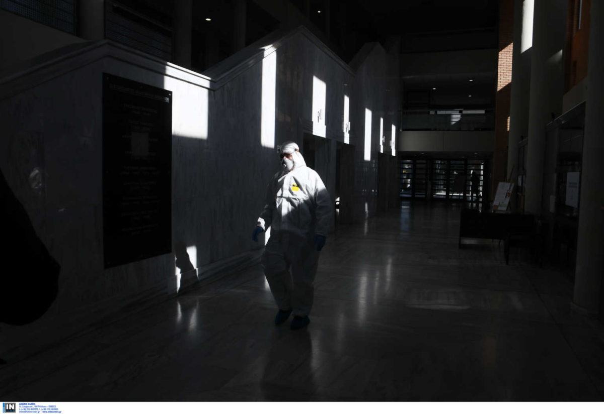 48 νέα  διεγνωσμένα κρούσματα  κορονοϊού στη χώρα μας | tlife.gr