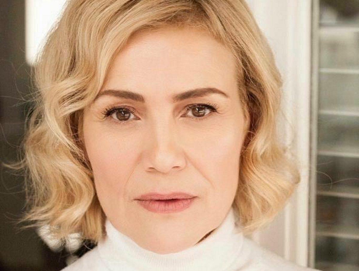 Κωνσταντίνα Μιχαήλ: «Δεν μπορώ, κλαίω…» – Το δημόσιο ξέσπασμα της ηθοποιού | tlife.gr
