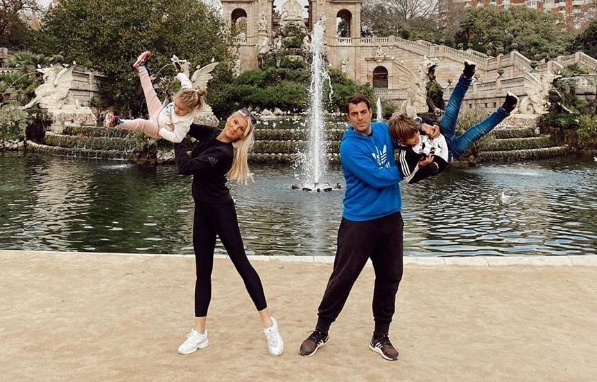 Στέλιος Χανταμπάκης – Όλγα Πηλιάκη: Έτσι τα περνούν με τα παιδιά τους στον Βόλο, στην καραντίνα! [pics,video]