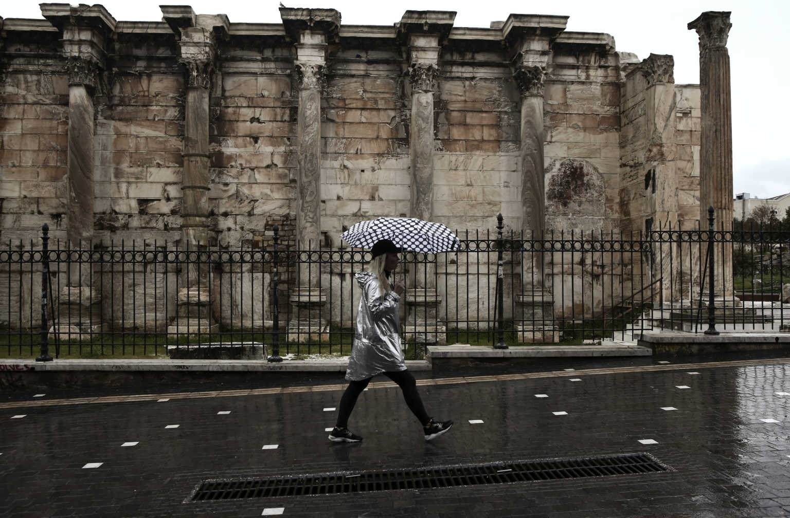Καιρός αύριο: Πρωταπριλιά με ισχυρές βροχές και καταιγίδες