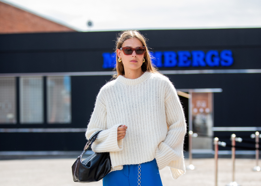 Πως θα φορέσεις το λευκό πλεκτό σου με ανοιξιάτικο styling!