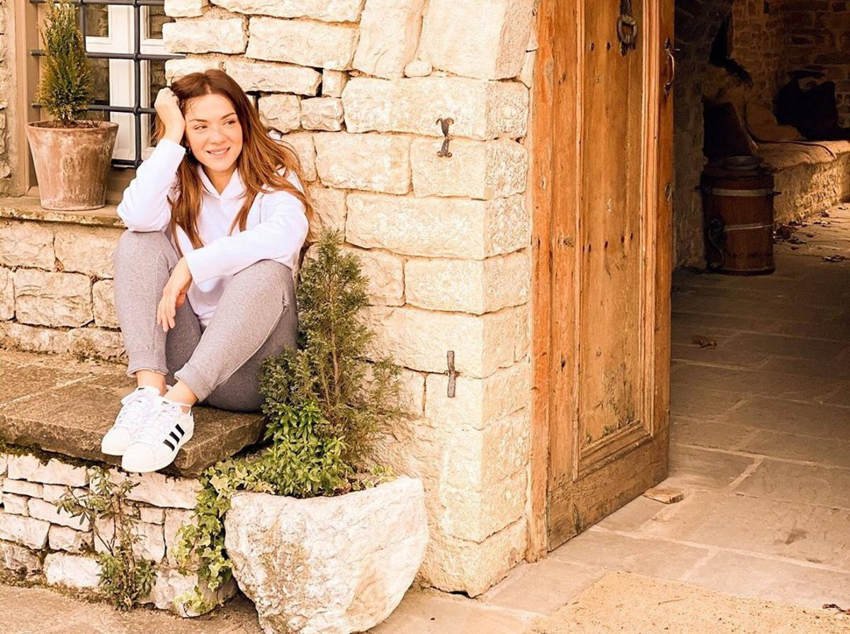 Βάσω Λασκαράκη: Ταξίδι στην Κρήτη με τον Λευτέρη Σουλτάτο – Γιατί δηλώνει περήφανη σύζυγος; [video] | tlife.gr