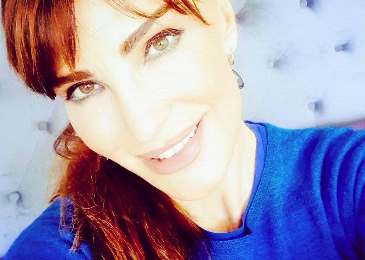 Βίκυ Χατζηβασιλείου: Ο γιος της έχει αποκλειστεί στην Αγγλία – Τι λέει η ίδια [video] | tlife.gr