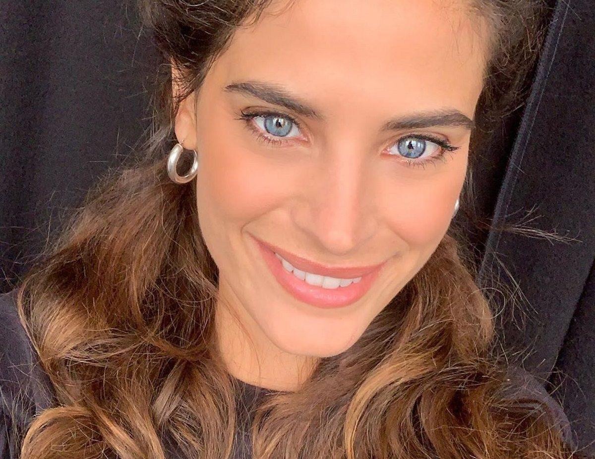 Χριστίνα Μπόμπα: Αναρρώνει από τον κορονοϊό στο μπαλκόνι του σπιτιού της [pic] | tlife.gr