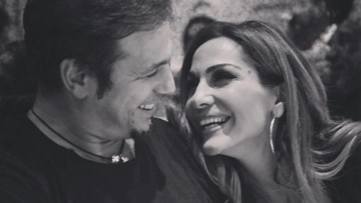 Δέσποινα Βανδή – Ντέμης Νικολαΐδης: Δες για πρώτη φορά φωτογραφίες από τον γάμο τους! | tlife.gr