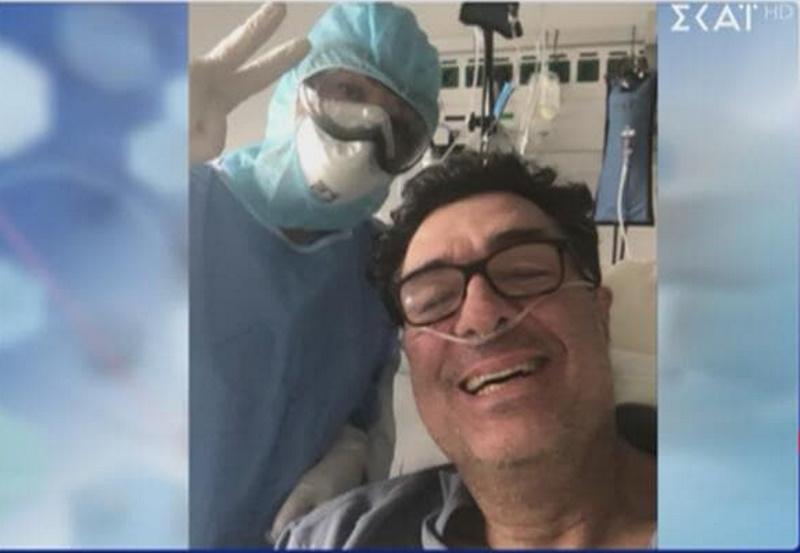 Αλέξης Παπαχελάς: Η πρώτη φωτογραφία του μέσα στο νοσοκομείο, όταν έδινε μάχη με τον κορονοϊό! | tlife.gr